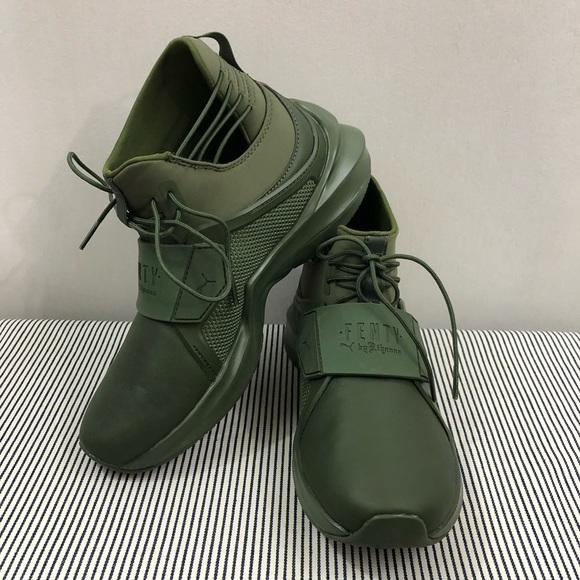 finest selection ffb28 13f38 Puma Sneakers Fenty Rhinna Olive Green NWT